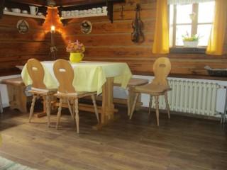 Dlažba s imitací dřeva Tarima na chalupě