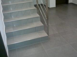 Imitace betonu v hotelu